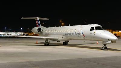A picture of N654AE - Embraer ERJ145LR - American Airlines - © Craig L Baldwin