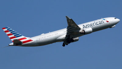 N277AY - Airbus A330-323 - American Airlines