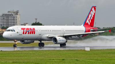 PT-MXB - Airbus A321-231 - TAM Linhas Aéreas