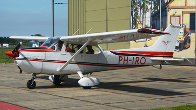 PH-IRO - Reims-Cessna F172M Skyhawk - Special Air Services