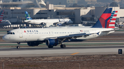 A picture of N345NW - Airbus A320212 - Delta Air Lines - © William Vignes