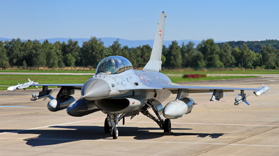 ET-613 - Lockheed Martin F-16BM Fighting Falcon - Denmark - Air Force