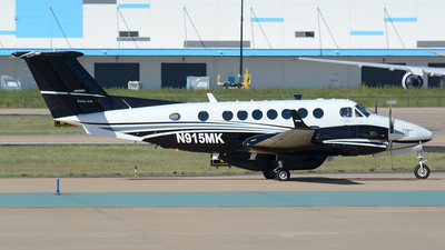 N915MK - Beechcraft B300 King Air 350i - United States - US Department Of Homeland Security