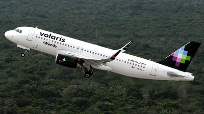XA-VLL - Airbus A320-233 - Volaris