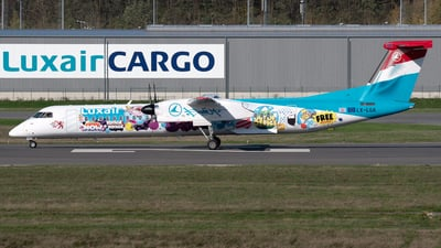 LX-LQA - Bombardier Dash 8-Q402 - Luxair - Luxembourg Airlines