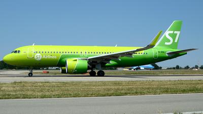 A picture of VQBDQ - Airbus A320271N - S7 Airlines - © Donato Bolelli