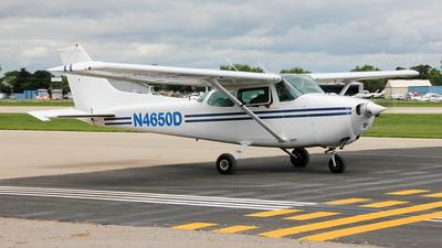 A picture of N4650D - Cessna 172N Skyhawk - [17272324] - © Guilherme Irber