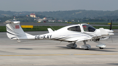 OE-KAY - Diamond DA-40NG Diamond Star - Private