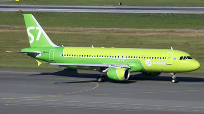 A picture of VPBCS - Airbus A320214 - S7 Airlines - © SeniorNN