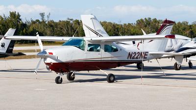 A picture of N22NE - Cessna 210L Centurion - [21060908] - © Oliver Richter