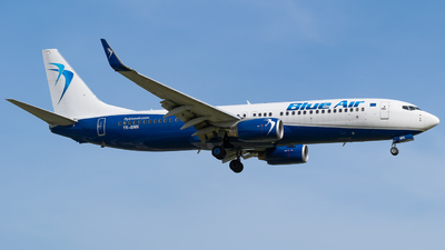 A picture of YRBMK - Boeing 73782R - Blue Air - © Marcello Montagna spotter_napoli