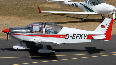 D-EFKY - Robin DR200 - Private