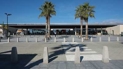 LCPH - Airport - Terminal
