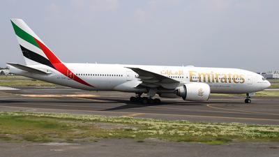 A picture of A6EWH - Boeing 77721H(LR) - Emirates - © Diego Ruiz