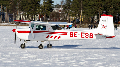 SE-ESB - Cessna 150E - Private