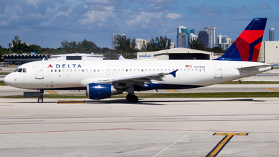 A picture of N317US - Airbus A320211 - [0197] - © DreamRiser