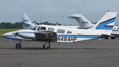 A picture of N484HP - Piper PA34220T - [348133199] - © Orlando Suarez