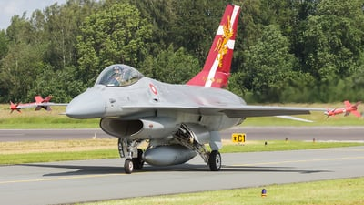 E-194 - General Dynamics F-16A Fighting Falcon - Denmark - Air Force