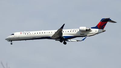 A picture of N923XJ - Mitsubishi CRJ900LR - Delta Air Lines - © Oliver Richter