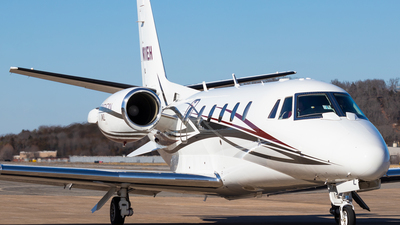N11EH - Cessna 560XL Citation Excel - Private