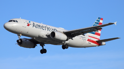 A picture of N658AW - Airbus A320232 - American Airlines - © Ken Takeuchi