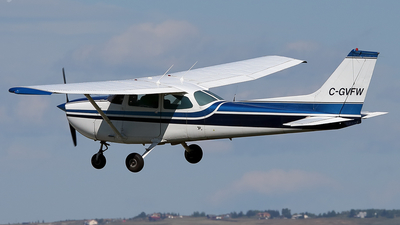 A picture of CGVFW - Cessna 172M Skyhawk - [17263870] - © Mike MacKinnon