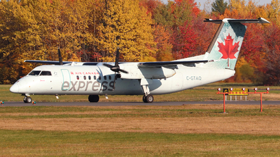 C-GTAQ - Bombardier Dash 8-301 - Air Canada Express (Jazz Aviation)