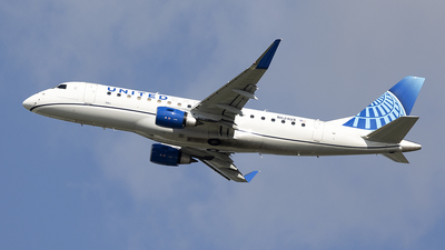 A picture of N624UX - Embraer E175LL - United Airlines - © Jeremy D. Dando