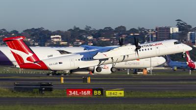 A picture of VHLQB - De Havilland Canada Dash 8400 - Qantas - © MQ1131