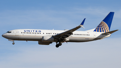 A picture of N24212 - Boeing 737824 - United Airlines - © Michael Place