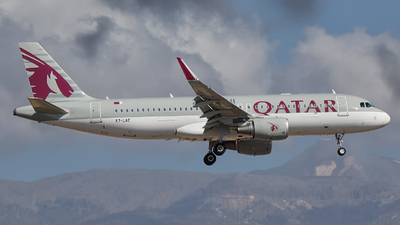 A7-LAE - Airbus A320-214 - Qatar Airways