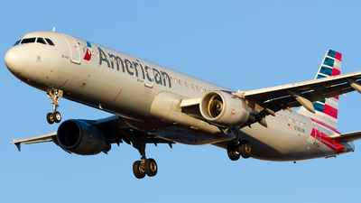 A picture of N198UW - Airbus A321211 - American Airlines - © Conor Clancy