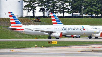 A picture of N151UW - Airbus A321211 - American Airlines - © JakeGolden