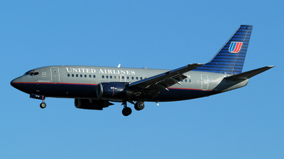 N943UA - Boeing 737-522 - United Airlines