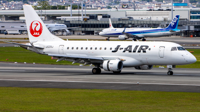 JA220J - Embraer 170-100STD - J-Air