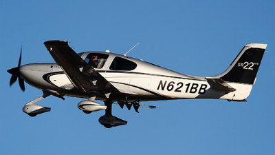 N621BB - Cirrus SR22-GTS - Private