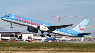 G-BYAI - Boeing 757-204 - Thomsonfly