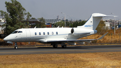 N825CT - Bombardier BD-100-1A10 Challenger 300 - Private