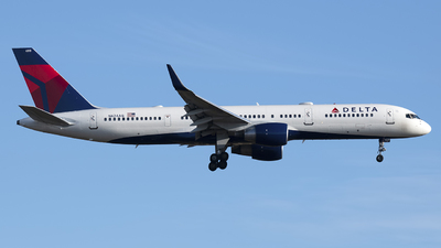N624AG - Boeing 757-2Q8 - Delta Air Lines
