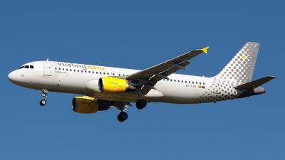 EC-KDX - Airbus A320-216 - Vueling
