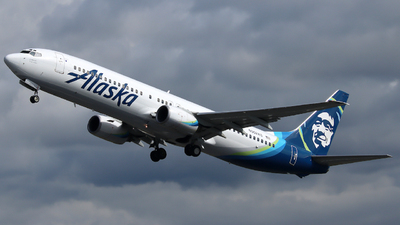 A picture of N302AS - Boeing 737990 - Alaska Airlines - © Xiamen Air 849 Heavy