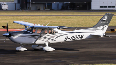 A picture of GRDDM - Cessna 182T Skylane - [18282387] - © mark p