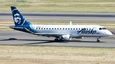 A picture of N173SY - Embraer E175LR - Alaska Airlines - © Lynn Aisin-Gioro