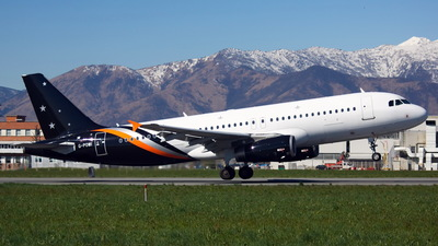 G-POWI - Airbus A320-233 - Titan Airways
