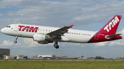 PR-MHV - Airbus A320-214 - TAM Linhas Aéreas