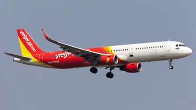HS-VKH - Airbus A321-211 - Thai VietJet Air