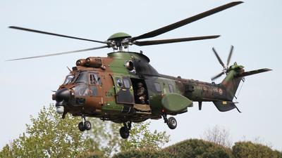 2443 - Aérospatiale AS 532UL Super Puma 2 - France - Army