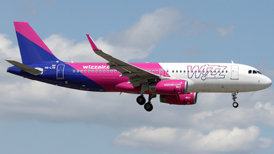 A picture of HALYB - Airbus A320232 - Wizz Air - © TOMBARELLI FEDERICO