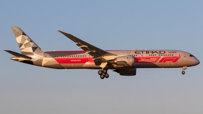 A picture of A6BLV - Boeing 7879 Dreamliner - Etihad Airways - © walker2000