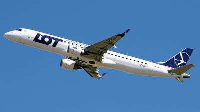 A picture of SPLNI - Embraer E195LR - LOT - © Javier Rodriguez - Amics de Son Sant Joan